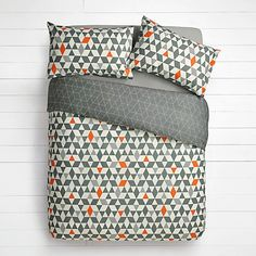 Choose from a great range of Duvet Covers. Including Bed Linen, Duvet Sets, and Single Duvet Covers. Bed Duvet Covers, Duvet Sets, Bedding Sets Online, Luxury Bedding Sets, John Lewis Duvet Covers, Geometric Bedding, Hotel Collection Bedding, Bedding Websites, Bed Quilts