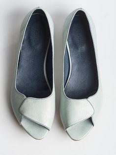 Aya pip toes in ice color. -- via Etsy. -- Natalie Vetamar