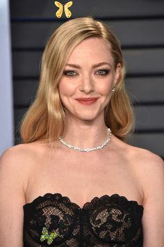 Oscars 2018: The Best Skin, Hair and Makeup Looks on the Red Carpet  <br> From Margot Robbie to Emma Stone. Jenifer Lawrence, Vanity Fair Oscar Party, Olivia Munn, Natural Makeup Looks, Female Stars, Amanda Seyfried, Celebs, Celebrities, Beautiful Actresses