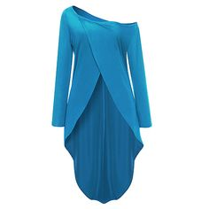 Pair this women's top with dress pants or jeans for a simple and classy look. Long sleeves make this classic design ideal for cooler days. Enjoy all thi. How To Look Classy, Street Chic, New Look, Going Out, Backless, Sexy Women, Tunic Tops, Boat Neck, T Shirts For Women