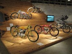 Multiple bike display - might be nice to make a slope