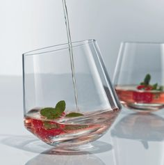 delicious tasting wines need a user-friendly glass Wine Glass, Glass Vase, Wine Decanter, Wine Tasting, Household Items, Wines, Home Accessories, Tumbler, Barware