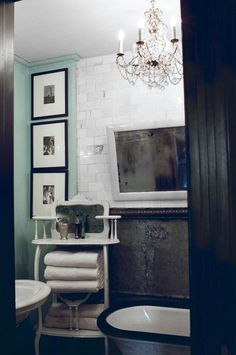 Lorraine Kirke found a galvanized steel sheet in her attic and had it flattened to create a surface for the wall. She sourced subway tiles from eBay.