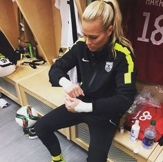 Ashlyn Harris. (Instagram) USWNT Pinterest To be