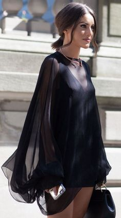 Fashion fades, style is eternal. - Total Street Style Looks And Fashion Outfit Ideas Look Fashion, Autumn Fashion, Womens Fashion, Fashion Design, Elegantes Outfit Frau, Textiles Y Moda, Street Style Outfits, Toronto Fashion Week, Mode Streetwear