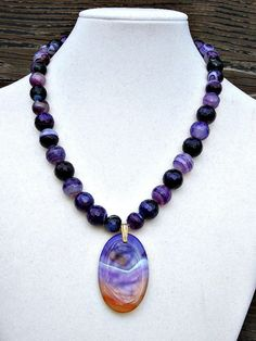 Purple Faceted Agate Bead Necklace with Pendant