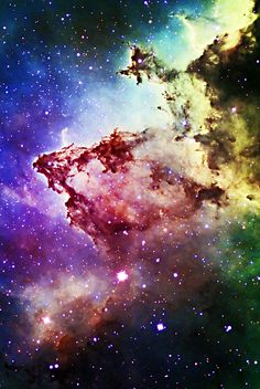 IC1805, Heart Nebula, an emission nebula w/glowing gas & darker dust lanes, some 7500 ly away. It lies in the Perseus Arm of the Milky Way in Cassiopeia