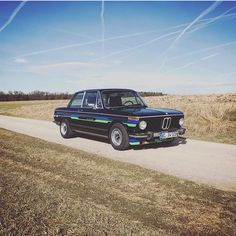 323 отметок «Нравится», 4 комментариев — Bmw Classic 02's (@bmw02club) в Instagram: «Nice alpina! By @automobilgourmet #Bmw #2002 #1502 #1802 #1600 #2000 #bmw2002 #bmw1502 #bmw1802…»