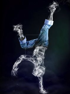 Shape-Shifting Smoke Art
