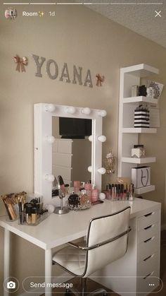 Beautiful glam room with alex drawers with diy vanity mirror & lights. Cute Room Decor, Teen Room Decor, Room Ideas Bedroom, Bedroom Decor, Pinterest Room Decor, Pinterest Pinterest, Makeup Room Decor, Aesthetic Room Decor, Stylish Bedroom