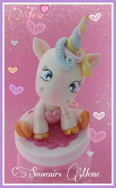 FRASCOS UNICORNIO👑 Festive Bread, Magical Monster, Jumping Clay, Ideas Para Fiestas, Pasta Flexible, Polymer Clay Crafts, Cold Porcelain, 5th Birthday, Amazing Cakes
