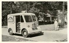 1946 Marmon-Herrington Delivr-All Delivery Van