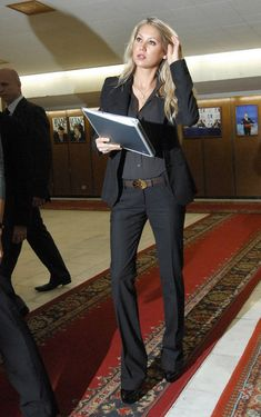 Urbane Anna Kournikova... Top Class... She resides in Miami Beach, Florida, and plays in occasional exhibitions and in doubles for the St. Louis Aces of World Team Tennis.
