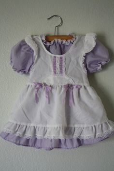 a tad too frilly for my taste, but still adorable.