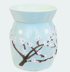 """My Scentsy burning """"Home, Sweet Home"""""""