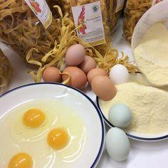 Zutaten für die Bio Eierreich Teigwaren. Breakfast, Food, Noodles, Eggs, Morning Coffee, Essen, Meals, Yemek, Eten