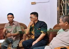 Bank Sampah Melati Bersih: Kunjungan Kerja ke Mitra Lapak Couple Photos, Couples, Couple Shots, Couple Photography, Couple, Couple Pictures