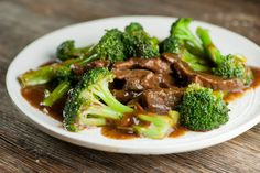 Make your favorite take-out supper with all fresh ingredients with this easy recipe for slow cooker beef with broccoli. Slow Cooker Beef Broccoli, Beef With Broccoli Recipe, Broccoli Beef, Broccoli Recipes, Slow Cooker Recipes, Crockpot Recipes, Cooking Recipes, Weeknight Recipes, Venison Recipes
