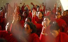 Nepalese Hindu devotee women taking part in prayer rituals on the banks of the Saalinadi River during the month-long Swasthani Bratakatha festival Swasthani Bratakatha Festival, Kathmandu, Nepal. Picture Day, Asian Beauty, Worship, Prayers, Nepal, Banks, Travel, History, Women