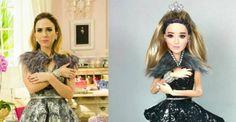A atriz foi retratada pelo artista plástico Marcus Baby com direito a roupa extravagante e celular com brilhantes
