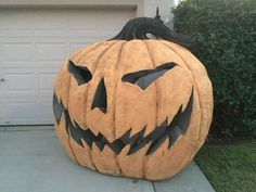 humongous pumpkin by Halloween forum member Sinister Sid