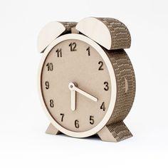 #qbidesign #qbi #qbi.design #clock #cardboard #cardboardart #etsy
