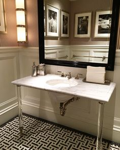 That vanity and floor! Gorgeous reflection at @ralphlauren
