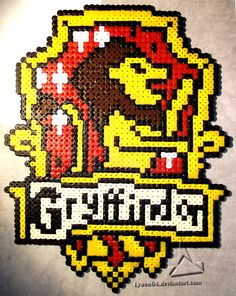 Gryffindor crest - Harry Potter hama beads by Lywen64
