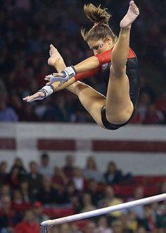 Courtney Kupets (USA) Artistic Gymnastics HD Photos Source by Gymnastics Flexibility, Acrobatic Gymnastics, Sport Gymnastics, Olympic Gymnastics, Gymnastics Problems, Olympic Games, Tumbling Gymnastics, Amazing Gymnastics, Gymnastics Photography