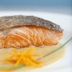 Easter is almost here, folks! If you're still looking for recipes for your Sunday brunch, check out this Salmon With Orange Butter Sauce.