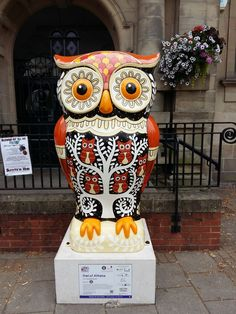 OWL of ATHENS raised 8,200 pounds at the auction