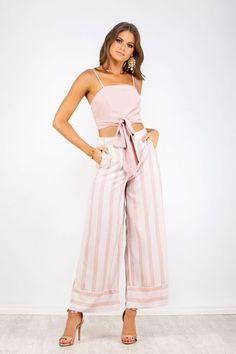 Capri Top & Pants The must-have summer outfit set! Shop Nouveau Riche Boutique #summeroutfits #occasionoutfits