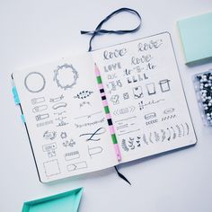 Bullet Journal Doodle Inspiration to create a pretty planner - by ForeverGoodLife How To Bullet Journal, Bullet Journal Spread, Bullet Journal Layout, Bullet Journal Inspiration, Journal Ideas, Bullet Journals, Filofax, Doodle Inspiration, Doodle Designs