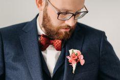 ... ein letzter prüfender Blick vor der Trauung auf Gut Neumark ... Fashion, Love Story, Wedding Day, Moda, La Mode, Fasion, Fashion Models, Trendy Fashion