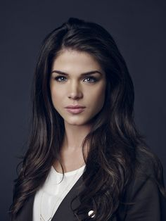 Marie Avgeropoulos has Beautiful shades in her hair! Marie Avgeropoulos, Non Blondes, Female Character Inspiration, Looks Style, Girl Crushes, Photos Du, Woman Crush, Thing 1, Woman Face