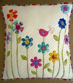 5 Patchwork Cusion Ideas - New Craft Works Applique Cushions, Patchwork Cushion, Sewing Pillows, Quilted Pillow, Patchwork Quilting, Applique Quilts, Bird Applique, Patchwork Ideas, Quilting Projects