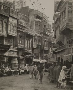 "Maynard Owen Williams-Lahore Electricity Dispels the Illusion of Arabian Nights"" History Of Pakistan, Lahore Pakistan, India Culture, Vintage India, Historical Pictures, Rare Pictures, Rare Photos, Night Photos, Arabian Nights"