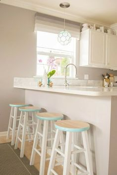Love the painted Stools - this is totally something I'd like to do with our old stools that don't really have a home! Young House Love - One young family + one old house = love. Kitchen Counter Stools, Bar Stools, Bar Chairs, Lounge Chairs, Side Chairs, Dining Chairs, Diy Interior, Interior Decorating, Home Goods Decor