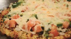 How to Make Cauliflower Pizza How To Make Cauliflower, Cauliflower Crust Pizza, Vegan Recipes, Snack Recipes, Snacks, Healthy Pizza, Small Meals, Grain Free, Vegane Rezepte