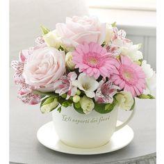 Teacup Flowers, Silk Flowers, Beautiful Flowers, Deco Floral, Arte Floral, Floral Design, Beautiful Flower Arrangements, Floral Arrangements, Mothers Day Flowers