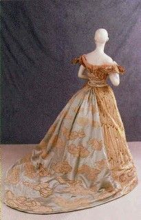 1897 Worth ball gown