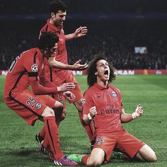 David Luiz of PSG celebrates after scoring a goal to level the scores at 1-1 during the UEFA Champions League Round of 16, second leg match between Chelsea and Paris Saint-Germain at Stamford Bridge on March 11, 2015 in London, England.