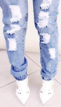Dressed Up Ripped Jeans //