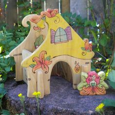 Waldorf Inspired Kids Wooden Flower Fairy Cottage (Interlocking 3-D) with Friend - Morning Glory or Lily