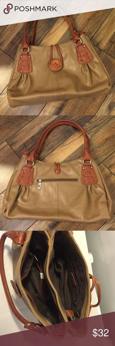 Scarleton Bag Super cute Shoulder / Crossbody Bag.  One backwall zip pocket, two slip pockets, one exterior zip pocket and two zip closure compartments.  Very cute large button closer. Clean and never used. This bag will not disappoint 😀 Scarleton Bags Shoulder Bags