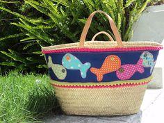 Aqui há peixe, handmade by Carolina Bernardo