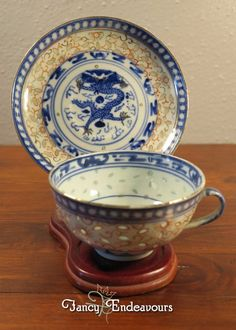 Chinese Export Porcelain Imari Rice Pattern Cup & Saucer with Dragons #Unknown