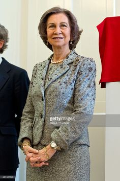 <a gi-track='captionPersonalityLinkClicked' href=/galleries/search?phrase=Queen+Sofia+of+Spain&family=editorial&specificpeople=160333 ng-click='$event.stopPropagation()'>Queen Sofia of Spain</a> attends the Inauguration of the Reina Sofia Cervantes Institute Library during an official visit on April 30, 2014 in London, England.