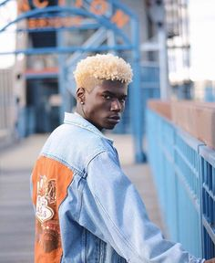 All You Ought to Know referring to the Afro Hairstyle Mens Medium Length Hairstyles, Black Men Hairstyles, Afro Hairstyles, Haircuts For Men, Men Blonde Hair, Blonde Afro, Curly Hair Styles, Natural Hair Styles, Afro Men