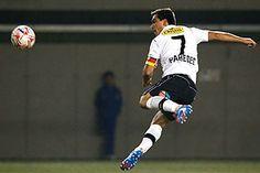 Esteban Paredes, Colo-Colo Football Player